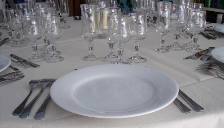 Location d 39 ustensile de cuisine salon de provence for Location materiel de cuisine